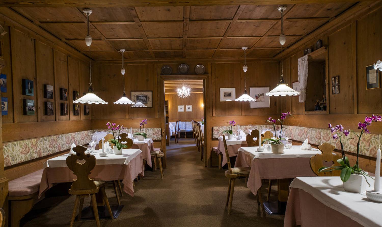 Restaurant-1500x1000