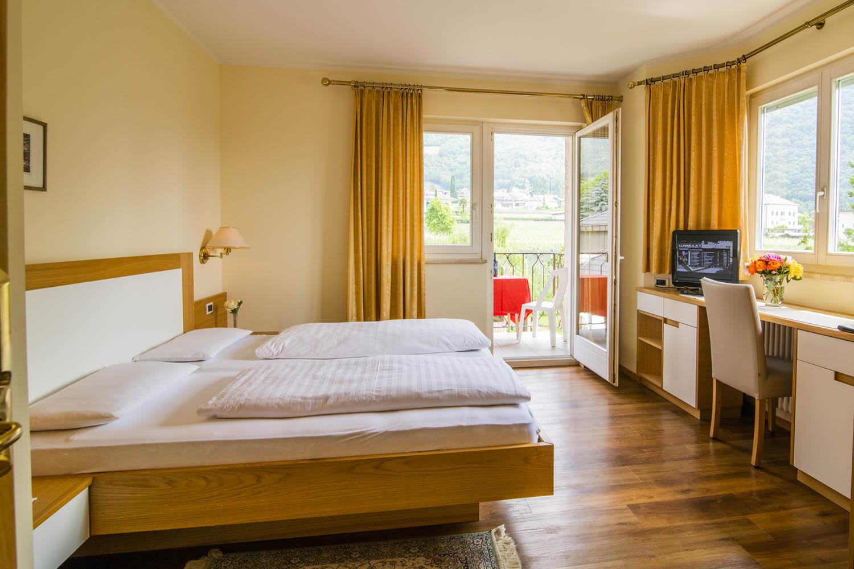 hotel-weingarten-modernes_zimmer