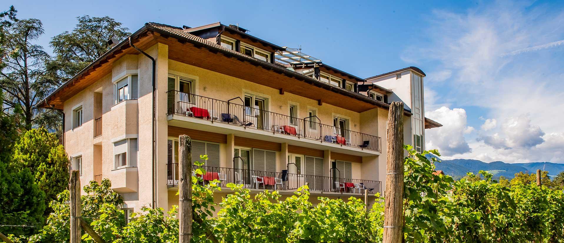hotel-Weingarten-header-lang